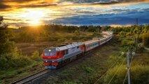 Общество: Зачем пассажирские поезда делают 5-минутные остановки, если двери вагонов не открывают