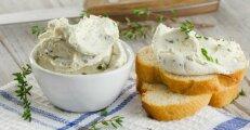Еда и напитки: Как из кефира приготовить творожный сыр, который выйдет дешевле и полезнее магазинного