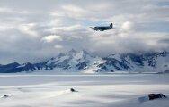 Общество: Почему над Антарктидой запрещено летать самолетам
