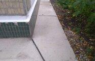 Лайфхак: Что нужно сделать для того, чтобы бетонная отмостка вокруг дома стала «вечной»